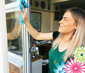 Domestic house cleaners in Bredbury, Marple and Romiley and Woodley